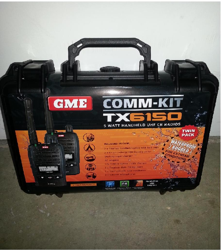 GME TX6150 5W 80CH  WPROOF UHF HANDHELD RADIOS TWIN HARD CASE
